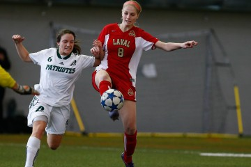 banniere soccer feminin - Courtoisie Yan Doublet