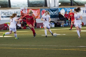 Soccer féminin - Photo Danika Valade